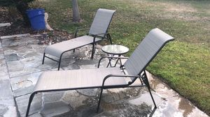 chaise lounge patio chairs and small cocktail table for Sale in Chula Vista, CA