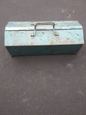 Vintage tool box for Sale in Las Vegas, NV