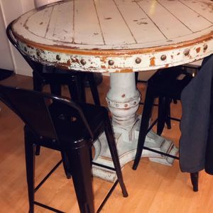 Turquoise Table With Four Black Stools for Sale in Watsonville, CA
