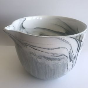 Unique Marbled Mixing Bowl with Pour Spout for Sale in Rockville, MD