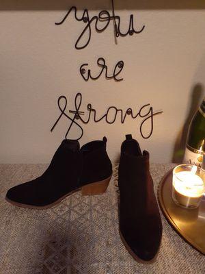Boots for Sale in Phoenix, AZ