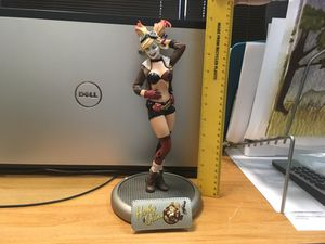 DC Collectibles Harley Quinn Statue for Sale in Charlotte, NC
