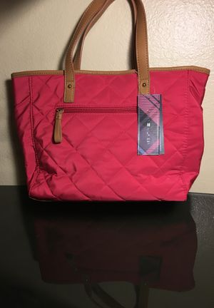 tommy hilfiger handbag for Sale in Denver, CO
