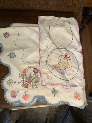 Handmade vintage table cloth and runner for Sale in Lynnwood, WA