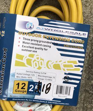 Outdoor extension cord 25 feet for Sale in El Monte, CA