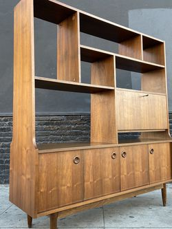 Mid Century Free Standing Wall Unit . for Sale in Los Angeles,  CA