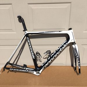 Cannondale Super Six carbon bike frame with seat post for Sale in Clovis, CA