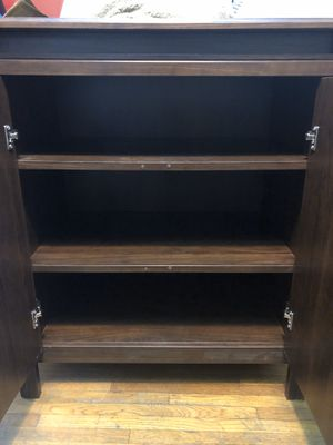 Organizer cabinet in good working conditions. for Sale in Huntington Park, CA