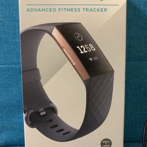 Fitbit Charge 3 w/Accessories - Excellent Condition for Sale in Atlanta, GA