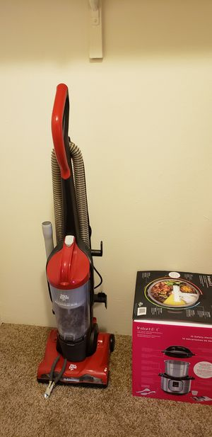vacuum cleaner for Sale in Town and Country, MO