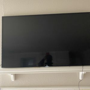 TCL RoKU Flatscreen NEED GONE ASAP for Sale in Irving, TX