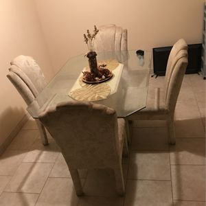 Kitchen Table Set for Sale in Parlier, CA