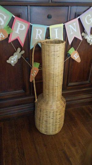 Large wicker vase for Sale in Visalia, CA