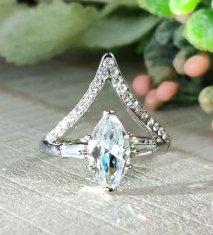 (Local) White Sapphire Silver Ring, Size 7 for Sale in Wichita, KS