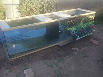 260 Gallons With Sump. The Stand Is Good Just Being Used For Something Else At The Moment. Comes With Everything Besides Return Pump. for Sale in Fresno,  CA