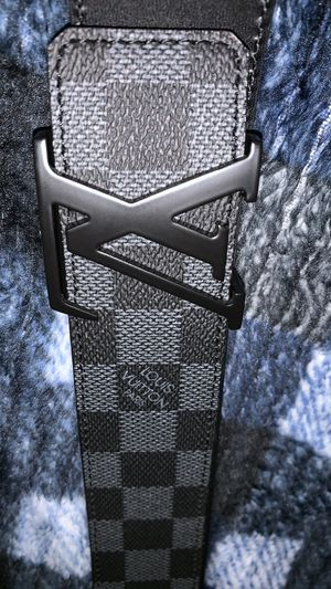 Louis Vuitton Graphite Damier Belt & Wallet for Sale in Kent, OH