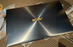 "ASUS Zenbook 14"" UX434F 16GB i7@ 1.8 GHz 512GB SSD ScreenPad 2.0 Laptop for Sale in Dallas, TX"