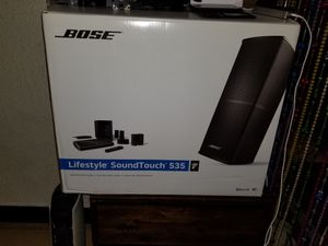 BOSE Lifestyle SoundTouch 535 with Wall Mounts and Floor Stands for Sale in Warren, MI