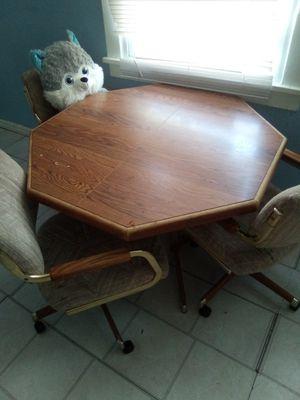 Kitchen table for Sale in BRECKNRDG HLS, MO
