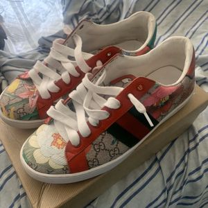 gucci shoes for Sale in Long Beach, CA