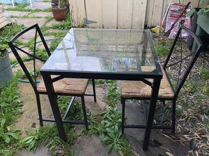Small black dining room table for sale! for Sale in San Diego, CA