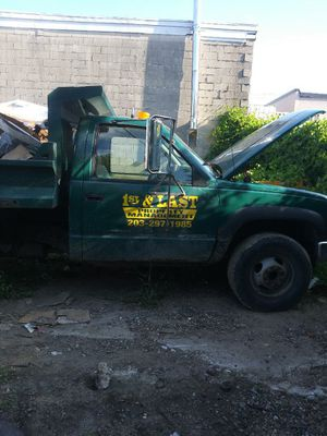 2000 chevy 3500 dump for Sale in Danbury, CT
