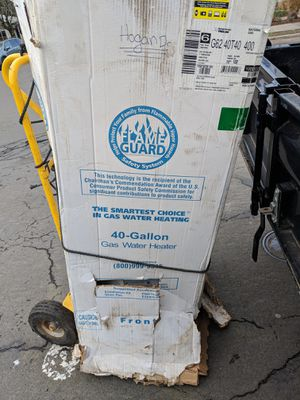 American flame guard 40gallon water heater for Sale in Portland, OR