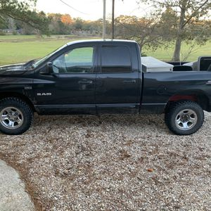 2008 Dodge Ram 1500 5.7 V8 Hemi For Sale for Sale in Clinton, LA