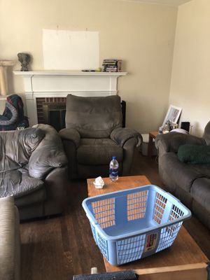 Free living room set for Sale in Charlottesville, VA