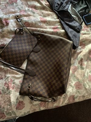 Louis Vuitton Hand bag for Sale in Los Angeles, CA