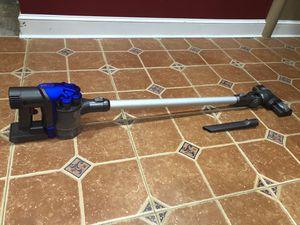 Dyson dc35 multi floor vacuum for Sale in Yardley, PA