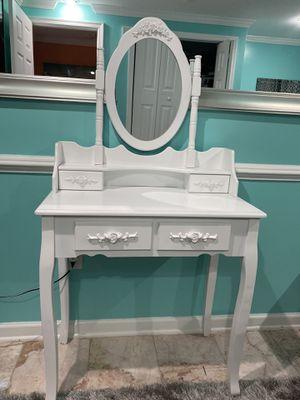 Mini Dresser for Sale in Sterling, VA