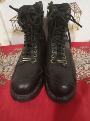 HARLEY DAVIDSON BLACK LEATHER MOTORCYCLE BOOTS. for Sale in Sugar Land, TX
