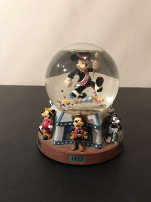 disney 2000 mickey mouse through the years snow globe for Sale in Westlake, MD