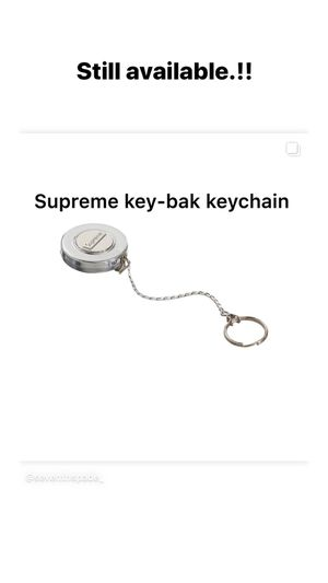 Supreme key-bak keychain for Sale in Santa Maria, CA