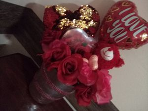 Valentine's day gift bouquet for Sale in Atlanta, GA