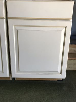 Kitchen cabinets for Sale in Castro Valley, CA