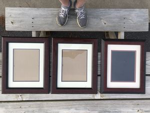 3 glass picture frames for Sale in Grottoes, VA