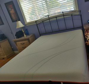 Queen bed with mattress, steel frame and head board, box for Sale in Concord, CA