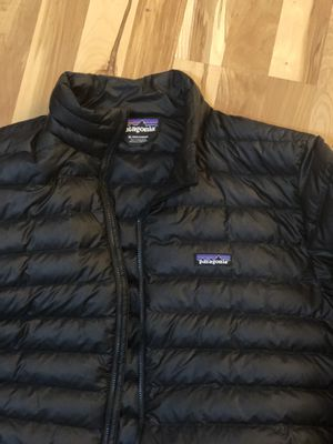 Patagonia men's xl puffy jacket for Sale in Raleigh, NC