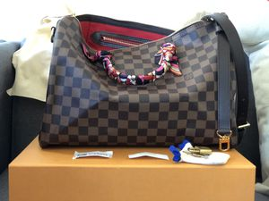 Louis Vuitton Speedy B 35 for Sale in Norco, CA