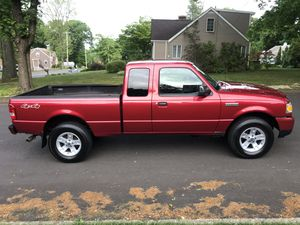 2006 Ford Ranger XLt 4x4 extended cab for Sale in Trumbull, CT