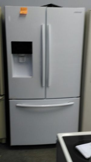 Samsung refrigerator (white/black) for Sale in Cleveland, OH