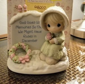 God Bless Us Memories So That We Might Have Rose's in December at June's Online Consignment Shop check us out on Facebook! for Sale in Neenah, WI