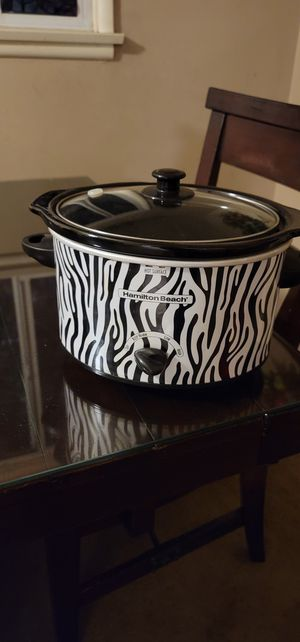 Small Zebra pattern Crock Pot. for Sale in Fontana, CA