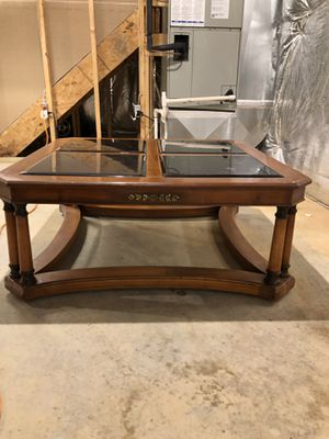 Wooden center table for Sale in Hyattsville, MD