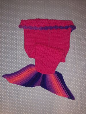Mermaid tail blanket for Sale in Whittier, CA