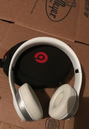 Beats Bluetooth headphones for Sale in Missouri City, TX