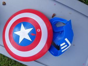 Captain America shield and mask for Sale in Houston, TX