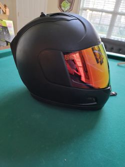 Large Icon Alliance Motorcycle Helmet w/3 face shields for Sale in Kennesaw,  GA
